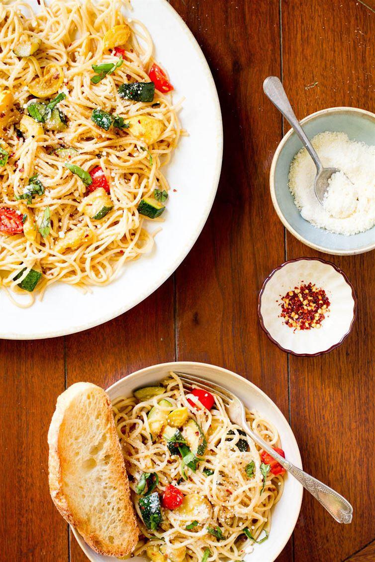 4. Спагетти с обжаренными овощами паста, рецепт