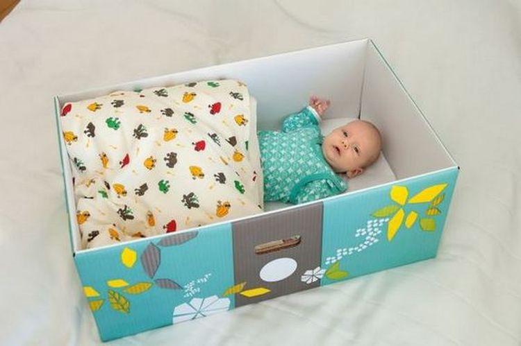 Почему в Финляндии всем беременным женщинам государство дарит коробку? дети, коробка, ребенок, традиция, финляндия